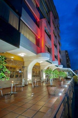 雷纳伊莎贝尔酒店