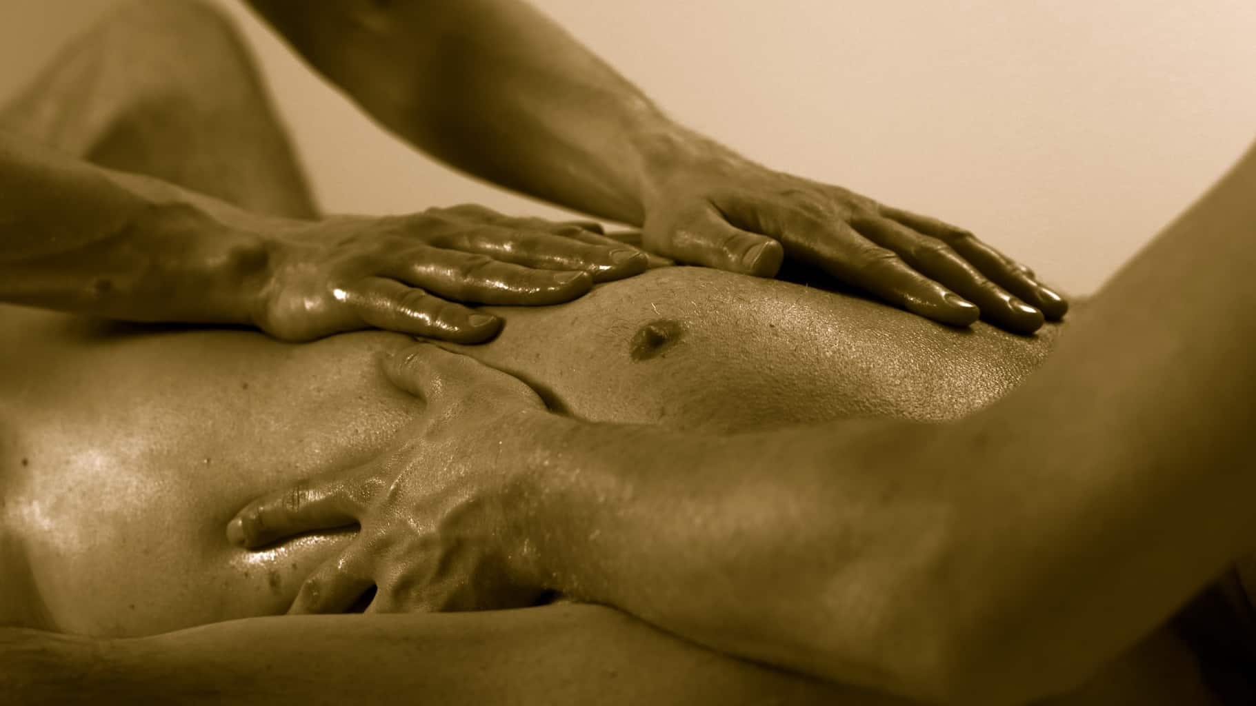 TravelGay recommandation Men Bodywork