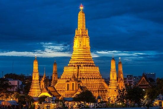 TravelGay توصية وات آرون (معبد الفجر)