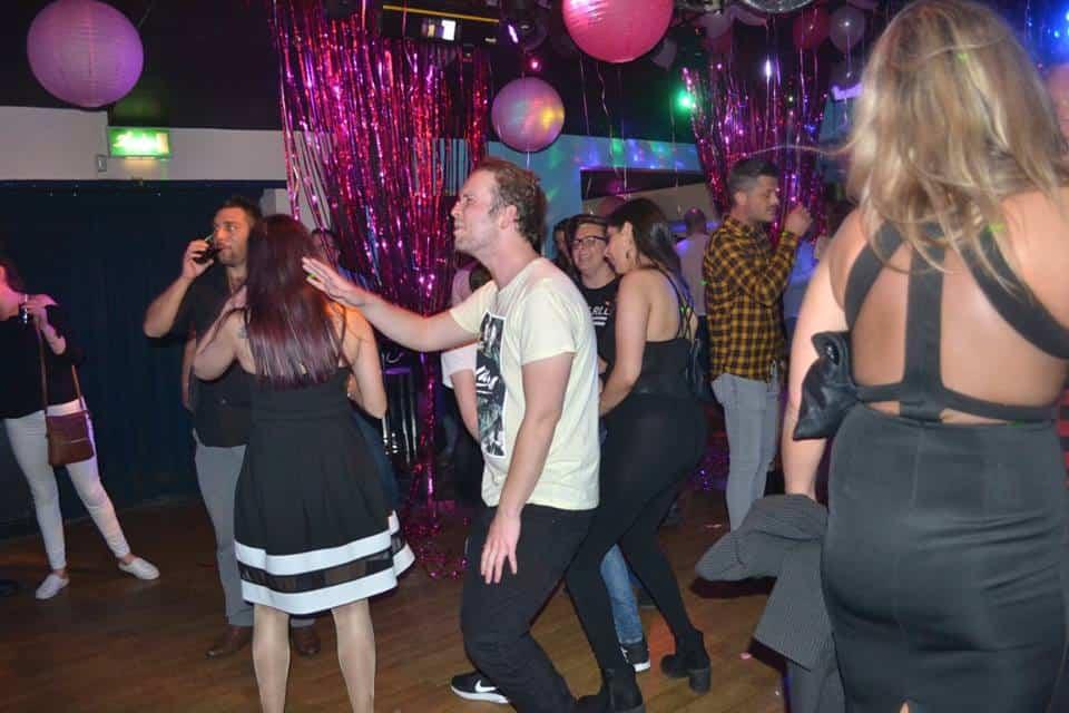 Κλαμπ χορού Chatham Gay
