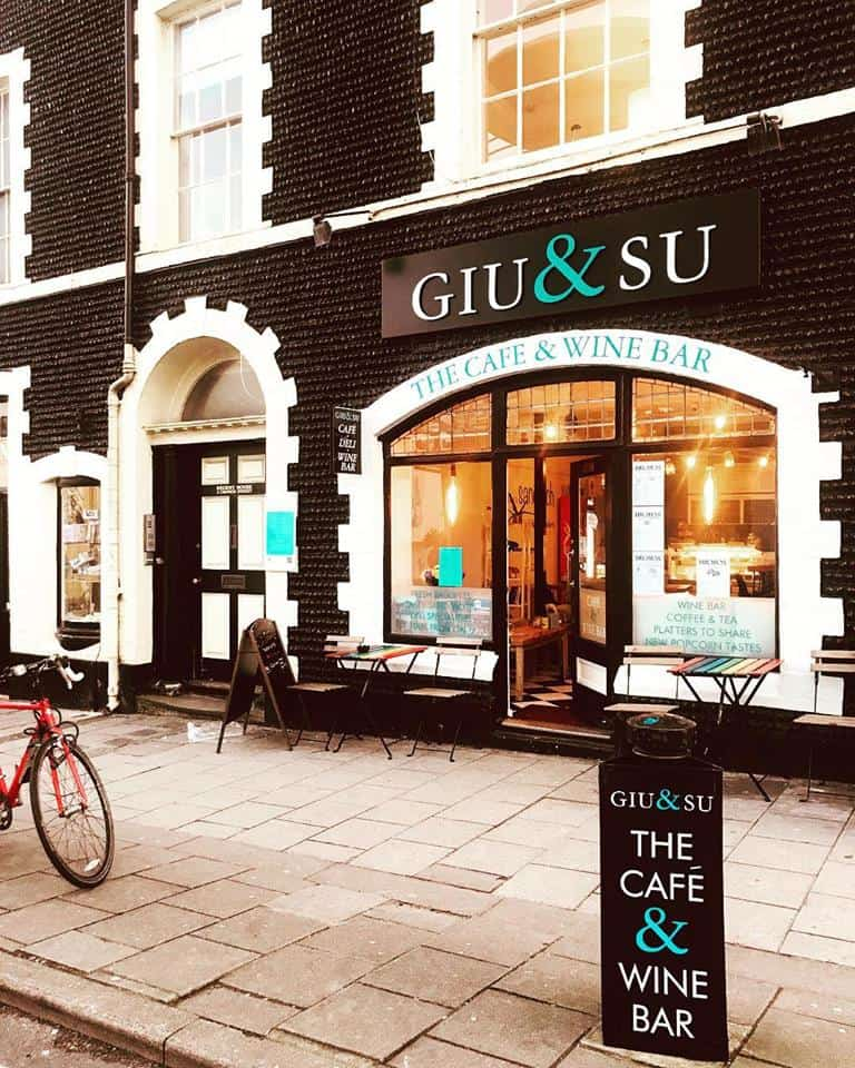Giu and Su (CLOSED)