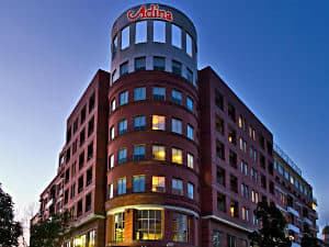 Adina Apartment Hotel – Crown Street