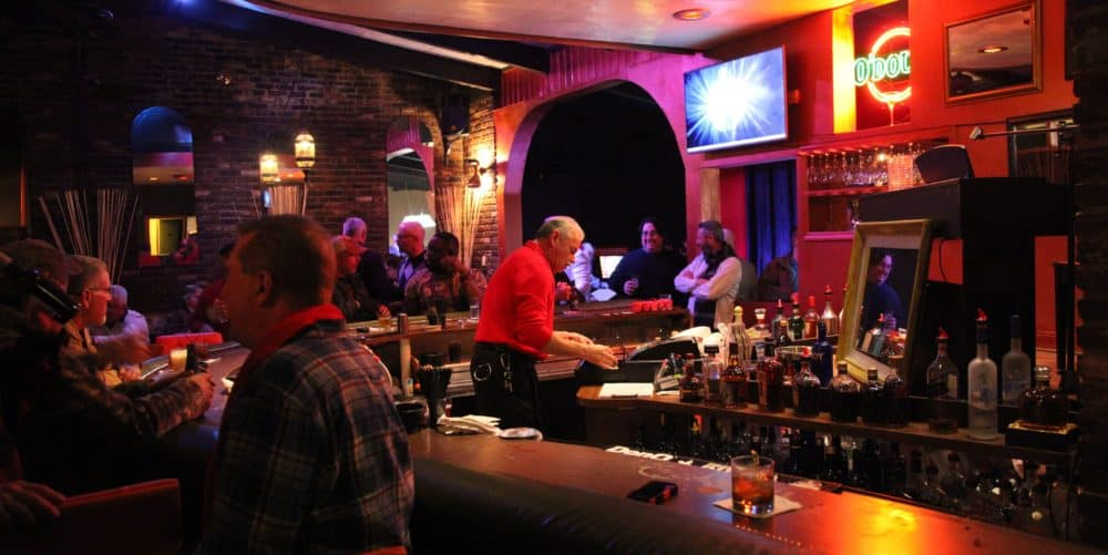 TravelGay πρόταση Capri Lounge - Συγκρότημα Metropolis