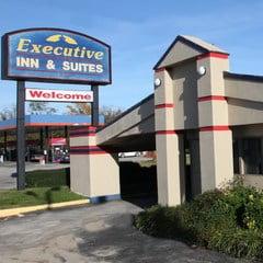 Executive Inn – Metropolis Complex