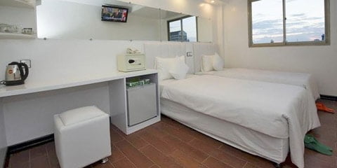 TravelGay anbefaling Clover City Center Plus Hotel
