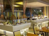 فندق ناجا وورلد ومجمع الترفيه