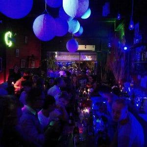 Bars et clubs gays à Vientiane