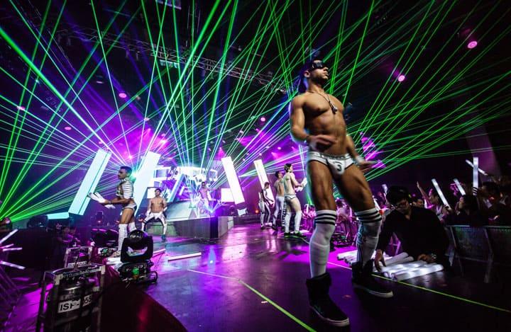 حفلة رقص مثلي الجنس في بانكوك