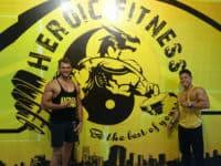 Club de fitness héroïque