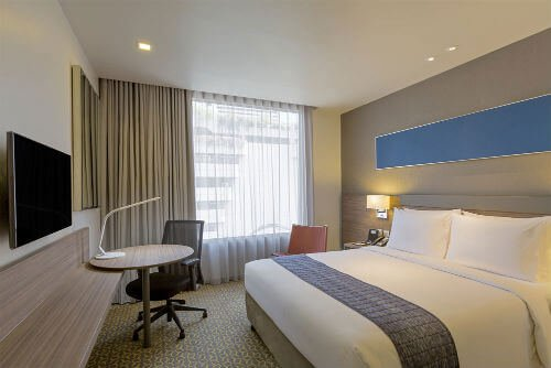 Holiday Inn Express Bangkok Sathorn