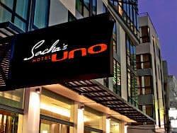 Το Sacha's Hotel UNO