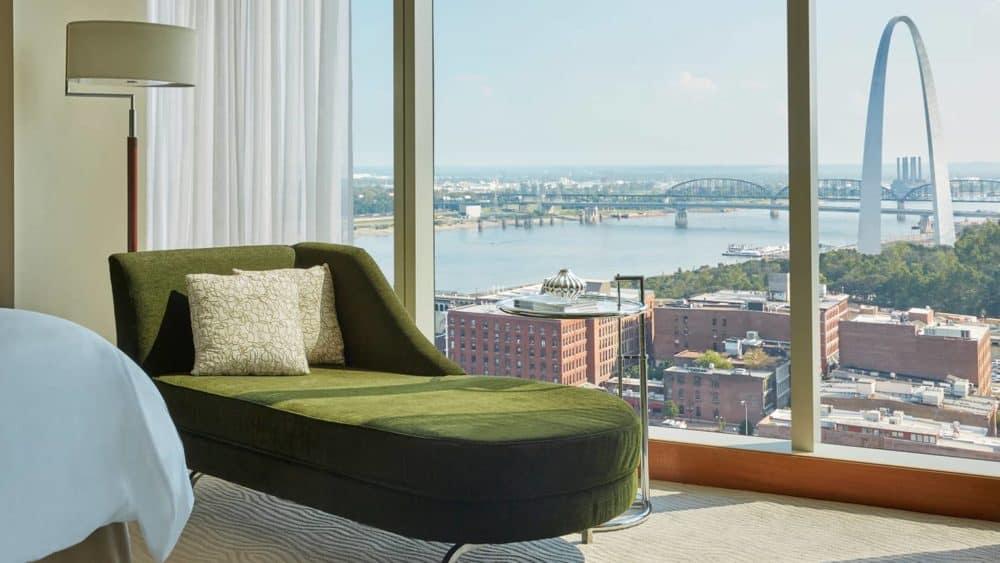 image of Four Seasons Hotel