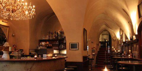 Dom Cafe Bar