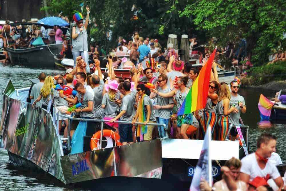 Gay Amsterdam · Tjenester