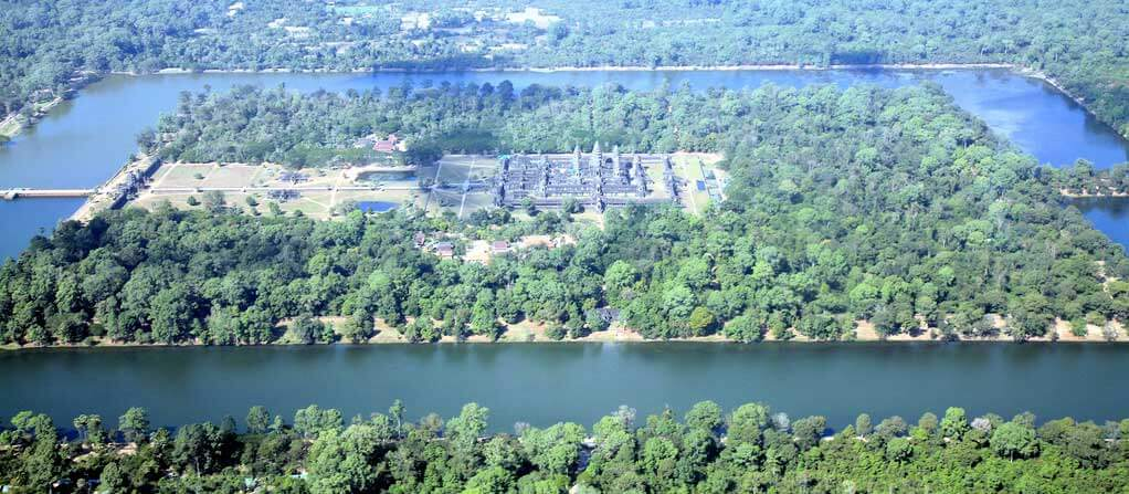 Arial-shot-of-Angkok-Wat-Cambodia