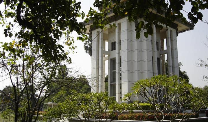 choeung-ek-memorial-cambodia