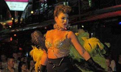 Street Entertainment In Paradise