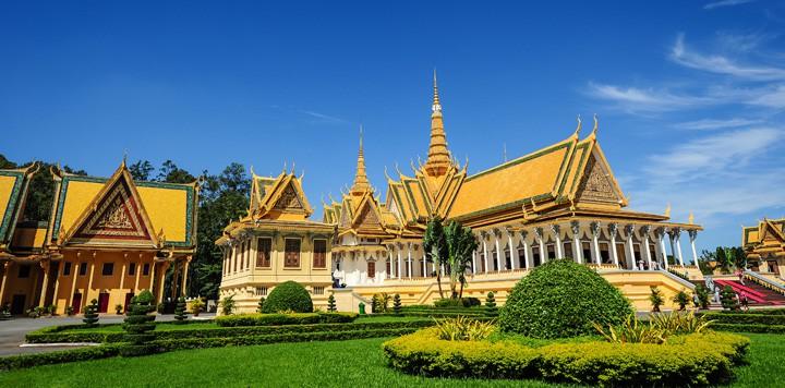 Exploring Phnom Penh
