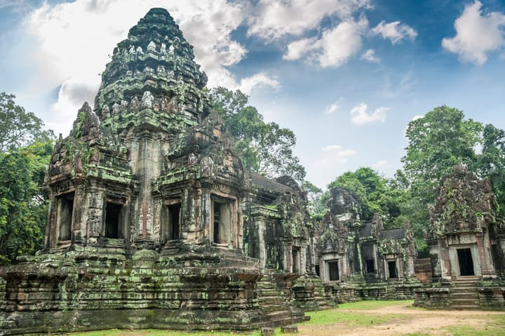 temple-in-angkor-wat-cambodia