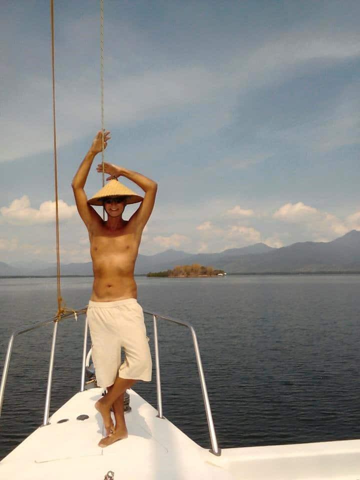 Gay sejler Filippinerne til Phuket Thailand Efterår 2018 ombord på gay-ejet yacht