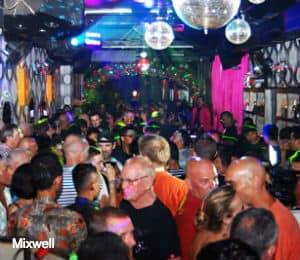 Editoriale di Bali bar 2