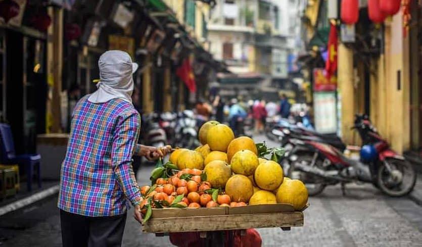 TravelGay recomendación Recorrido gastronómico y por la ciudad de Hanoi - Guía turístico privado de Tony