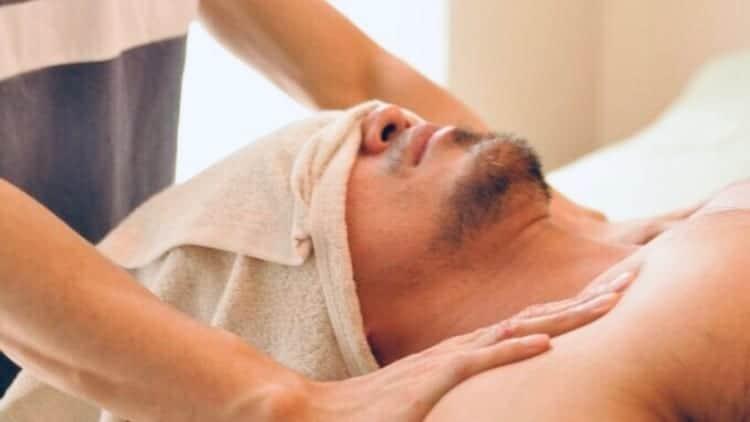 TravelGay σύσταση Esalen Massage & Bodywork Salon Bloomin '