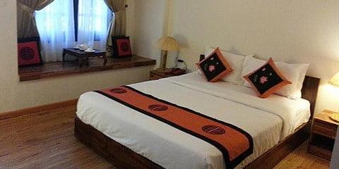 TravelGay aanbeveling Pink Tulip Hotel - GESLOTEN
