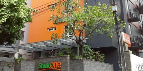 Ξενοδοχείο Στούντιο One