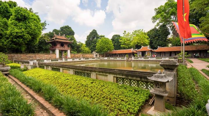 van-mieu-ναός-λογοτεχνίας-Ανόι