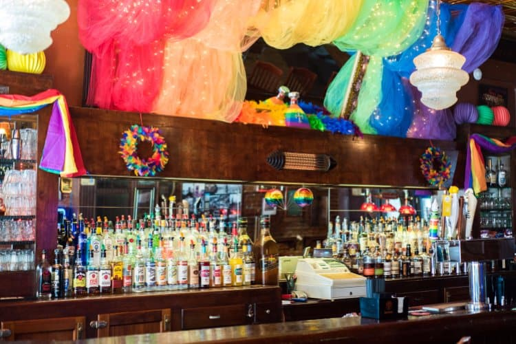 TravelGay التوصية Rosie's Tavern