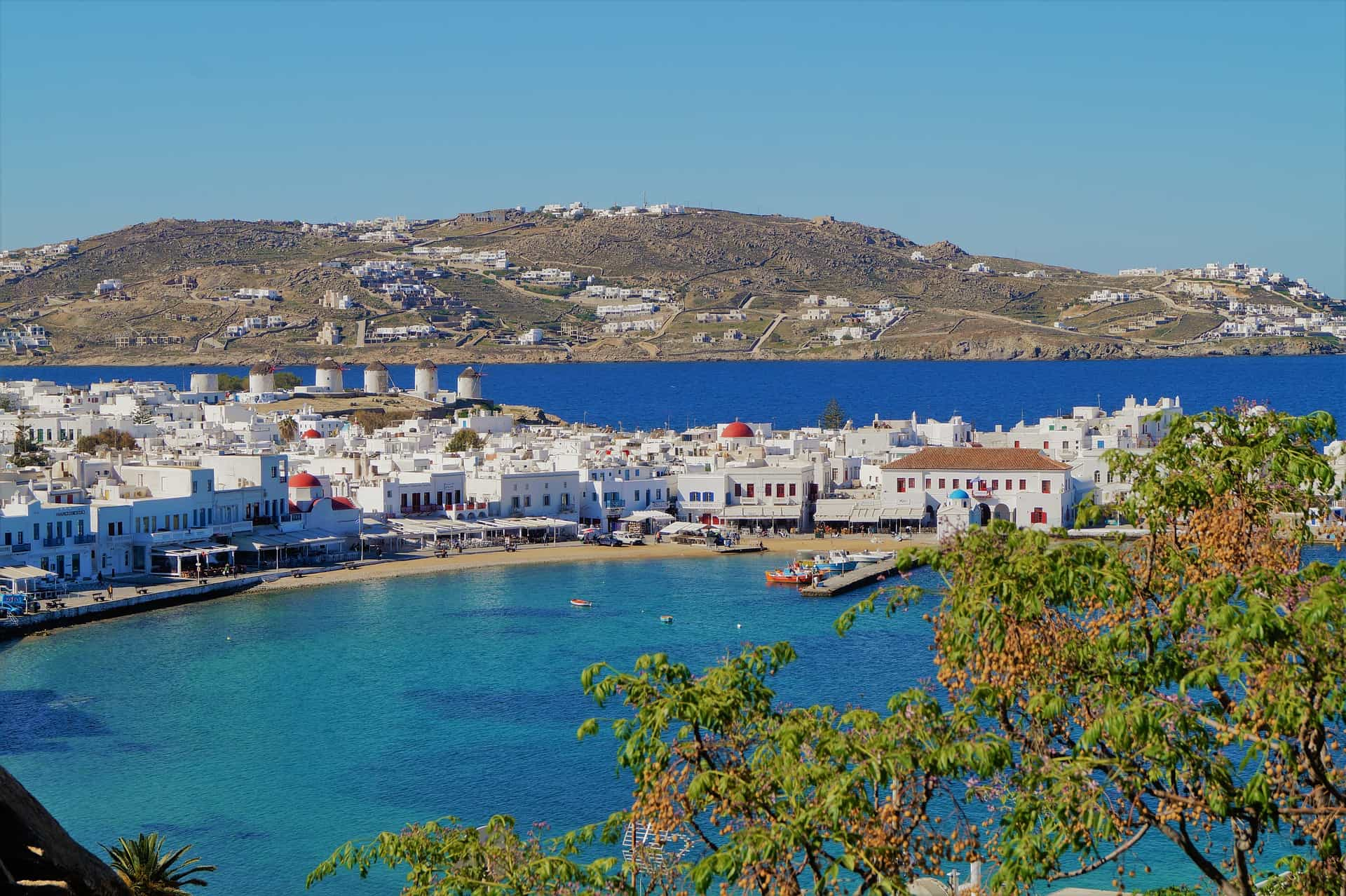 How to get a taxi in Mykonos