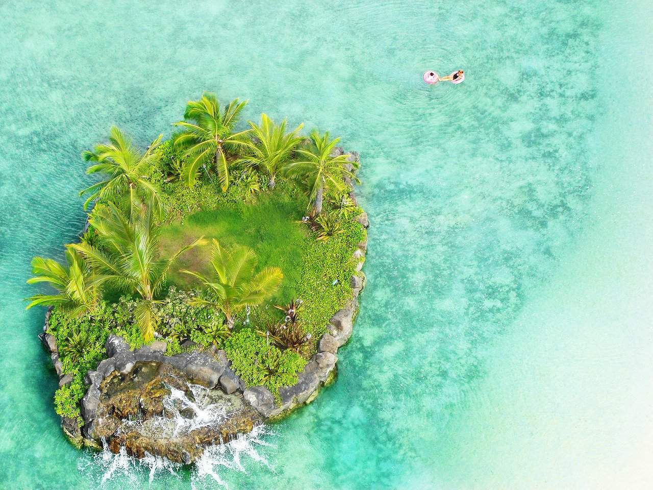 Piccola isola vicino a Honolulu