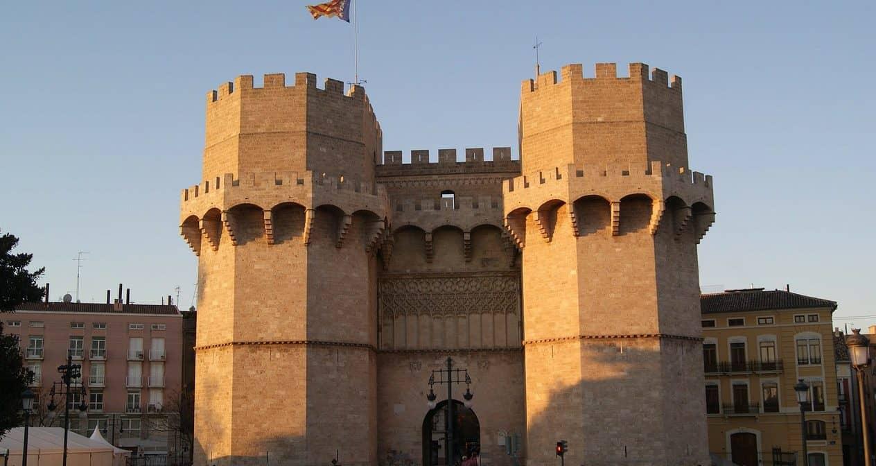 Πύργοι Serranos