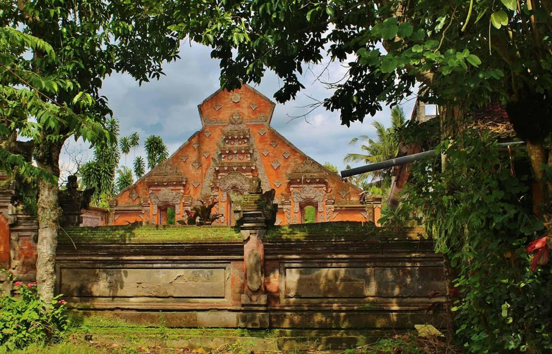Gay Bali · Mid-Range Hotels
