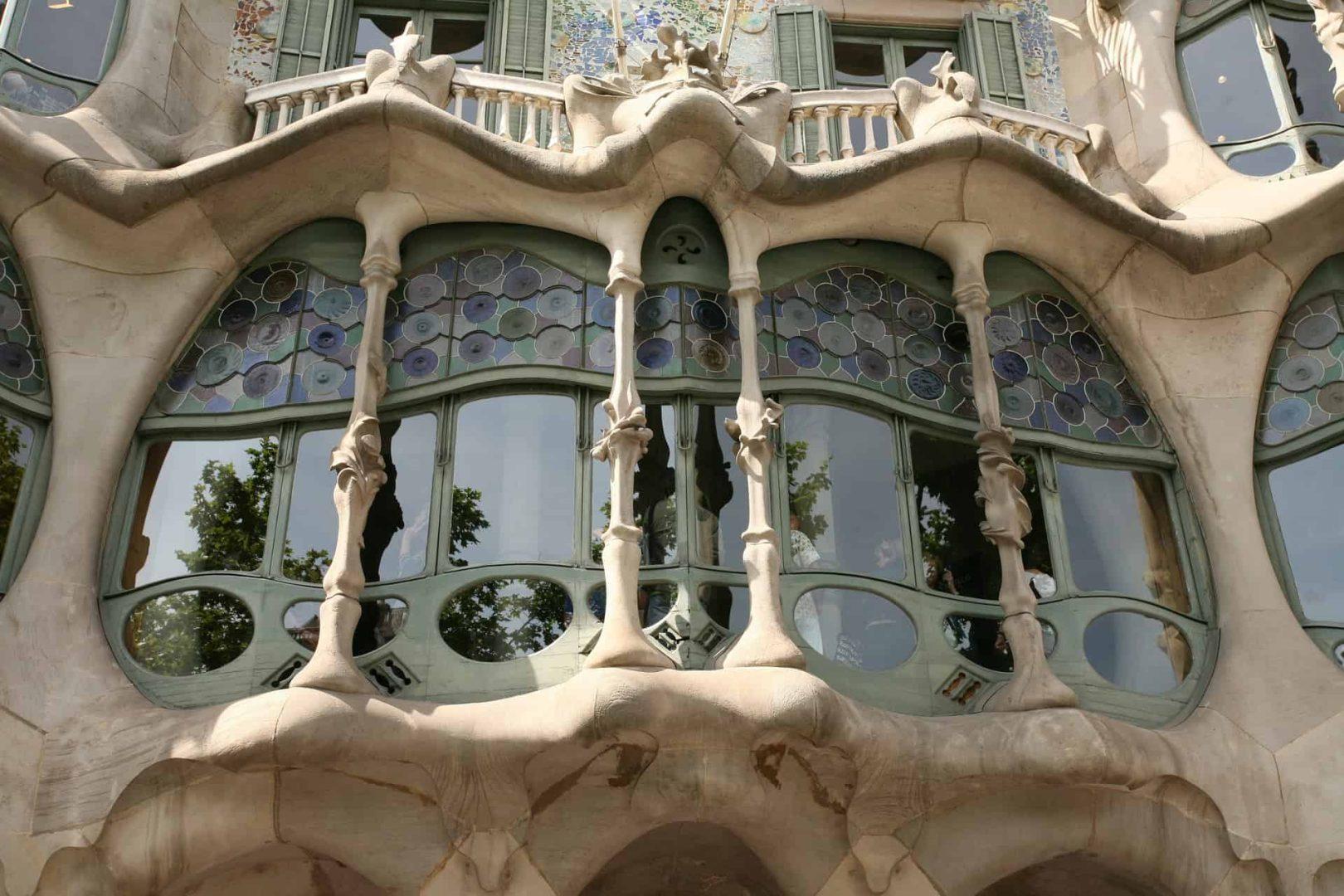 Gay Barcelona · Mid-Range + Budget Hotels