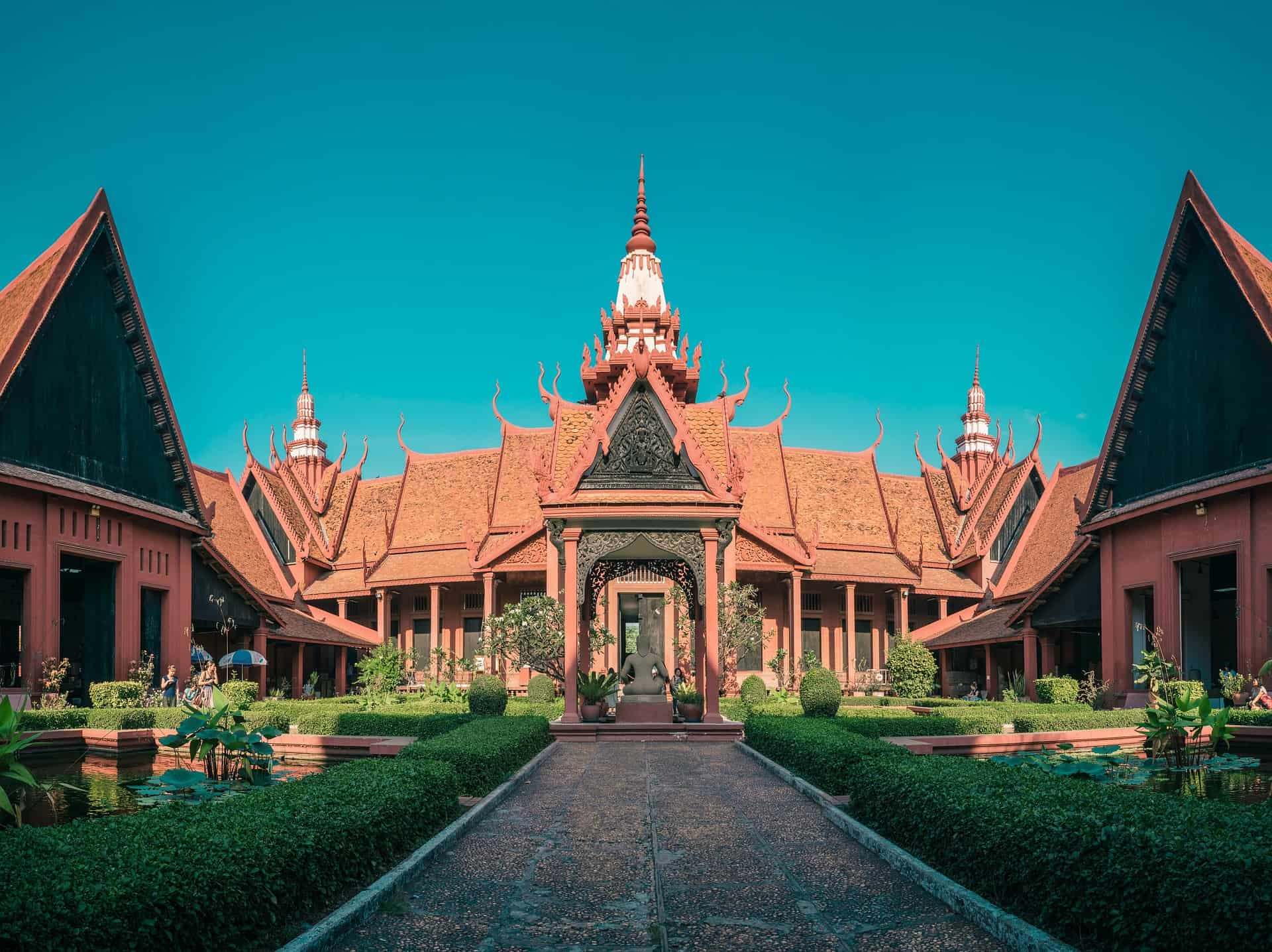 Phnom Penh · Luxury Hotels