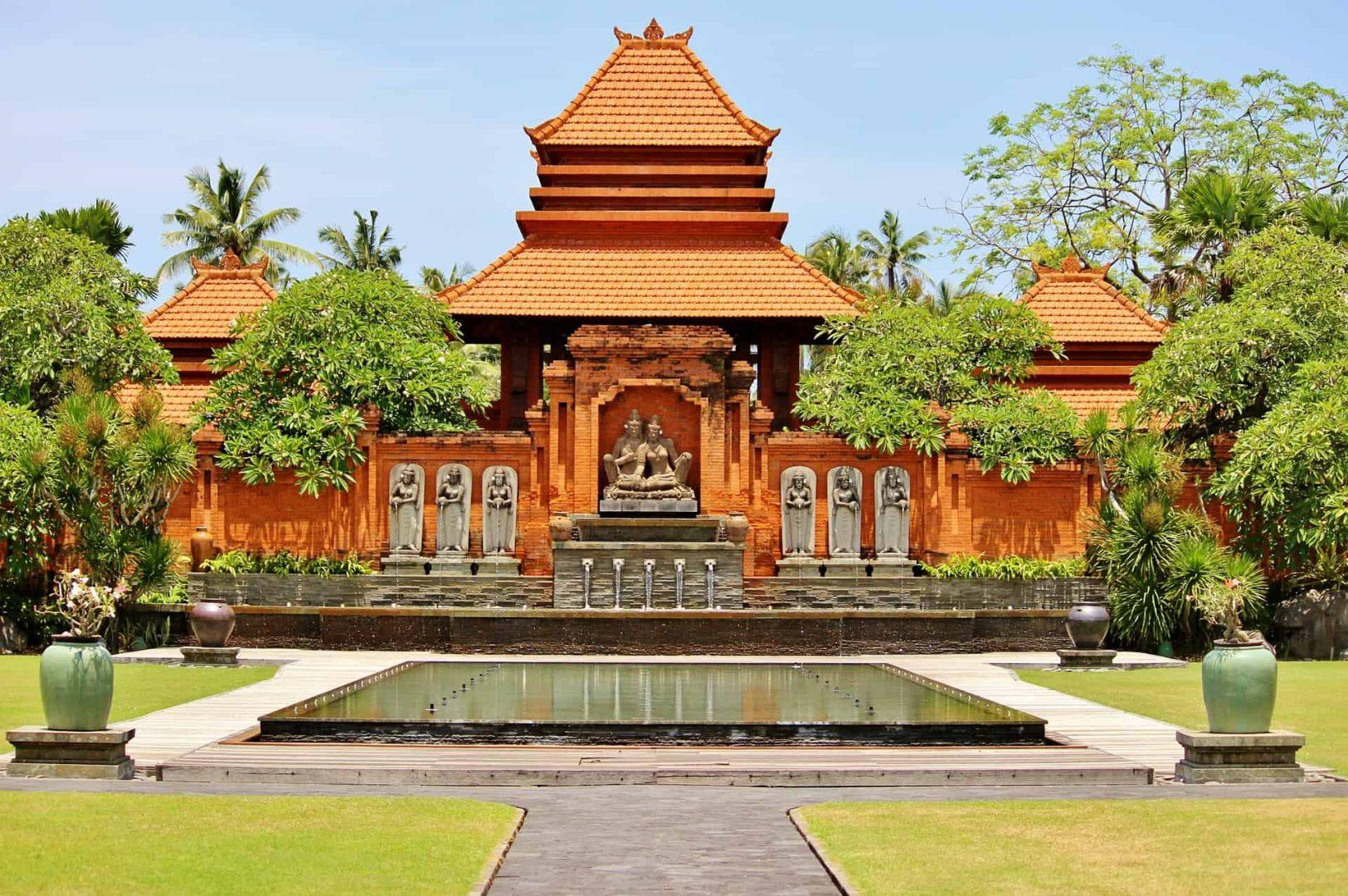 Gay Bali · Budget Hotels