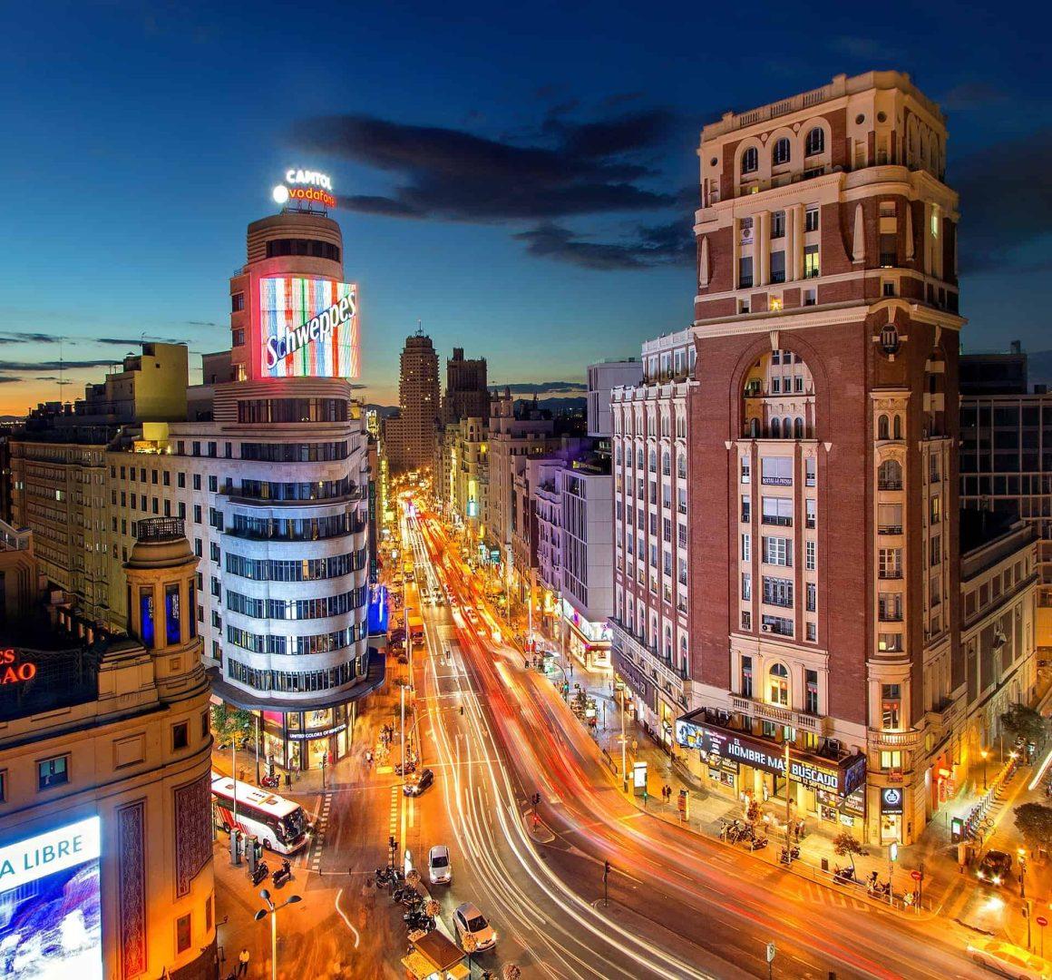 Gay Madrid · Mellemklasse + budgethoteller