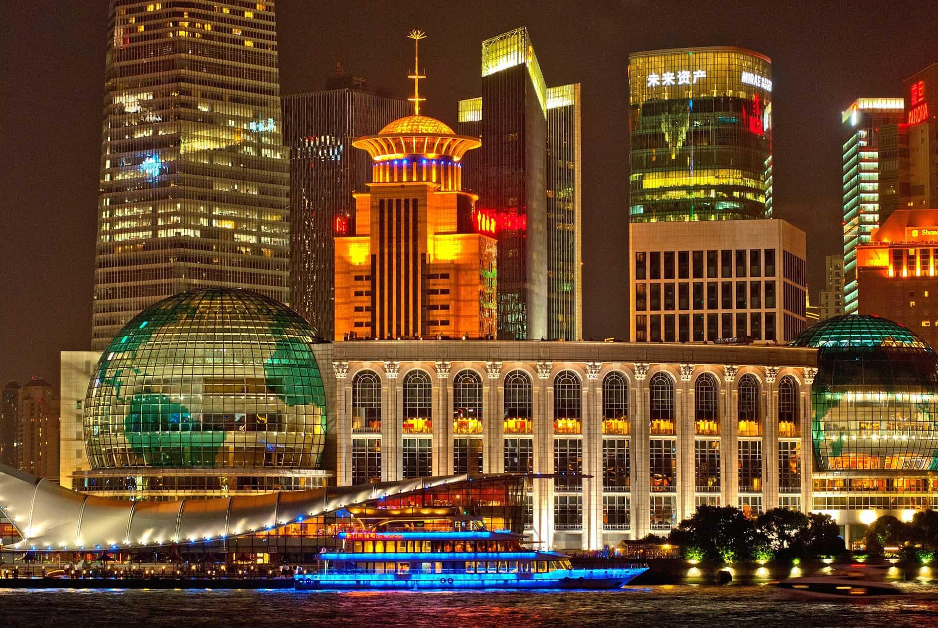 مثلي الجنس شنغهاي · فنادق متوسطة المدى + الميزانية
