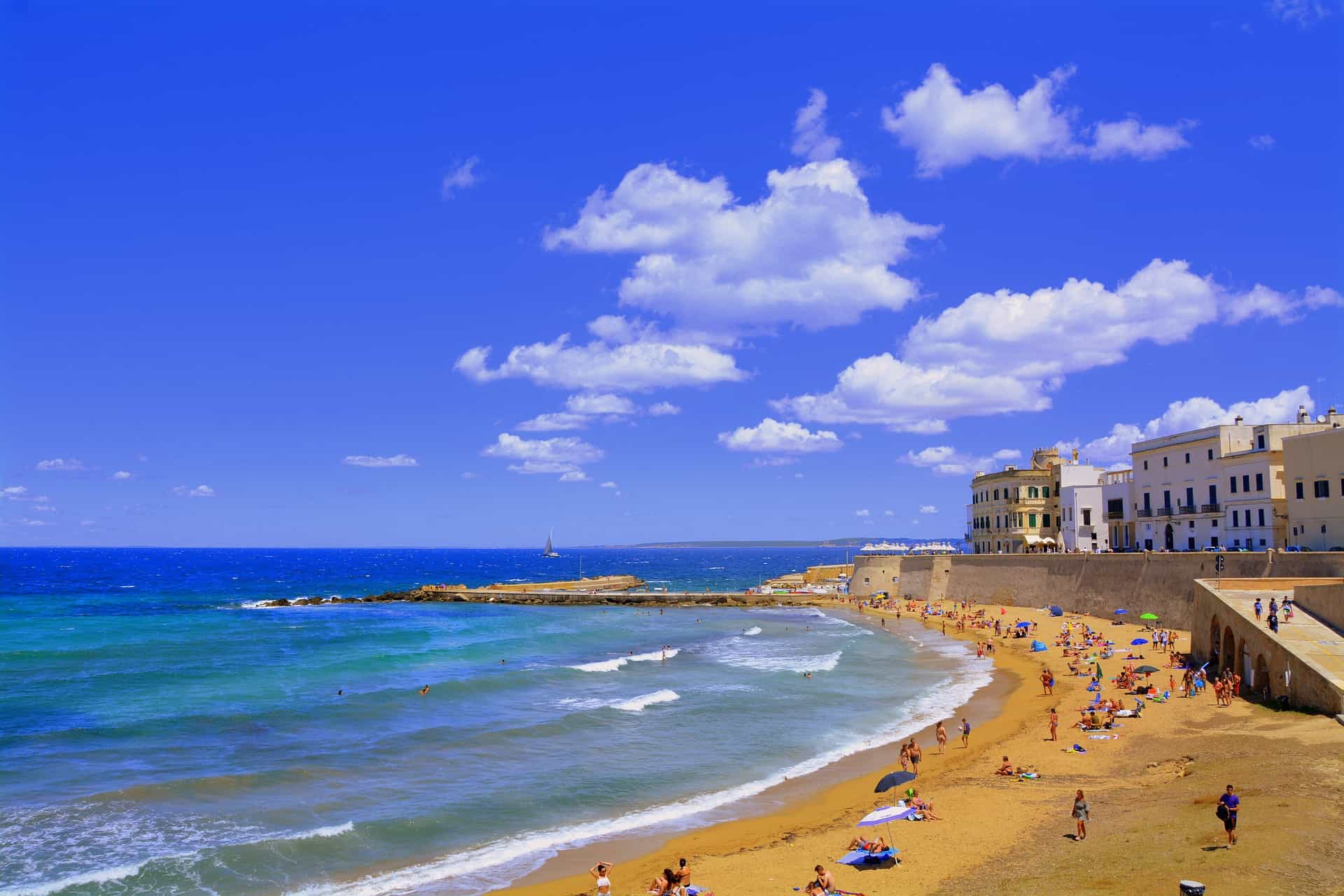 Gay Gallipoli Bars, Beaches and Hotels