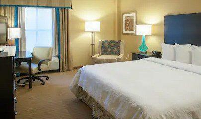 圣皮特汉普顿套房酒店