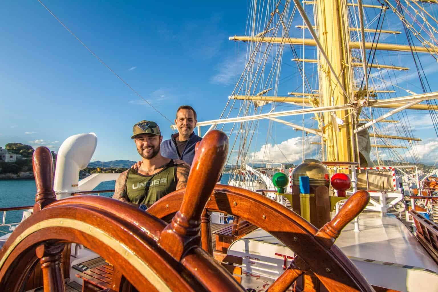 Viaje en grupo gay: navegando por Italia y la costa de Amalfi