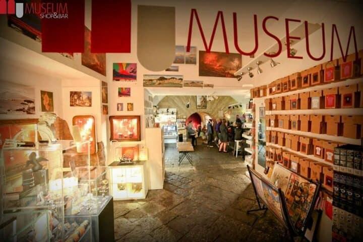 Bar e negozio del museo